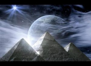 moon-piramids