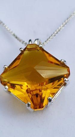 apofyliet.nl - magician stone siberische goudkwarts